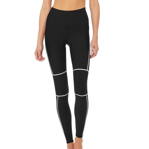 04252507b3 ALO Yoga Pants | Halftime Leggings | Poshmark